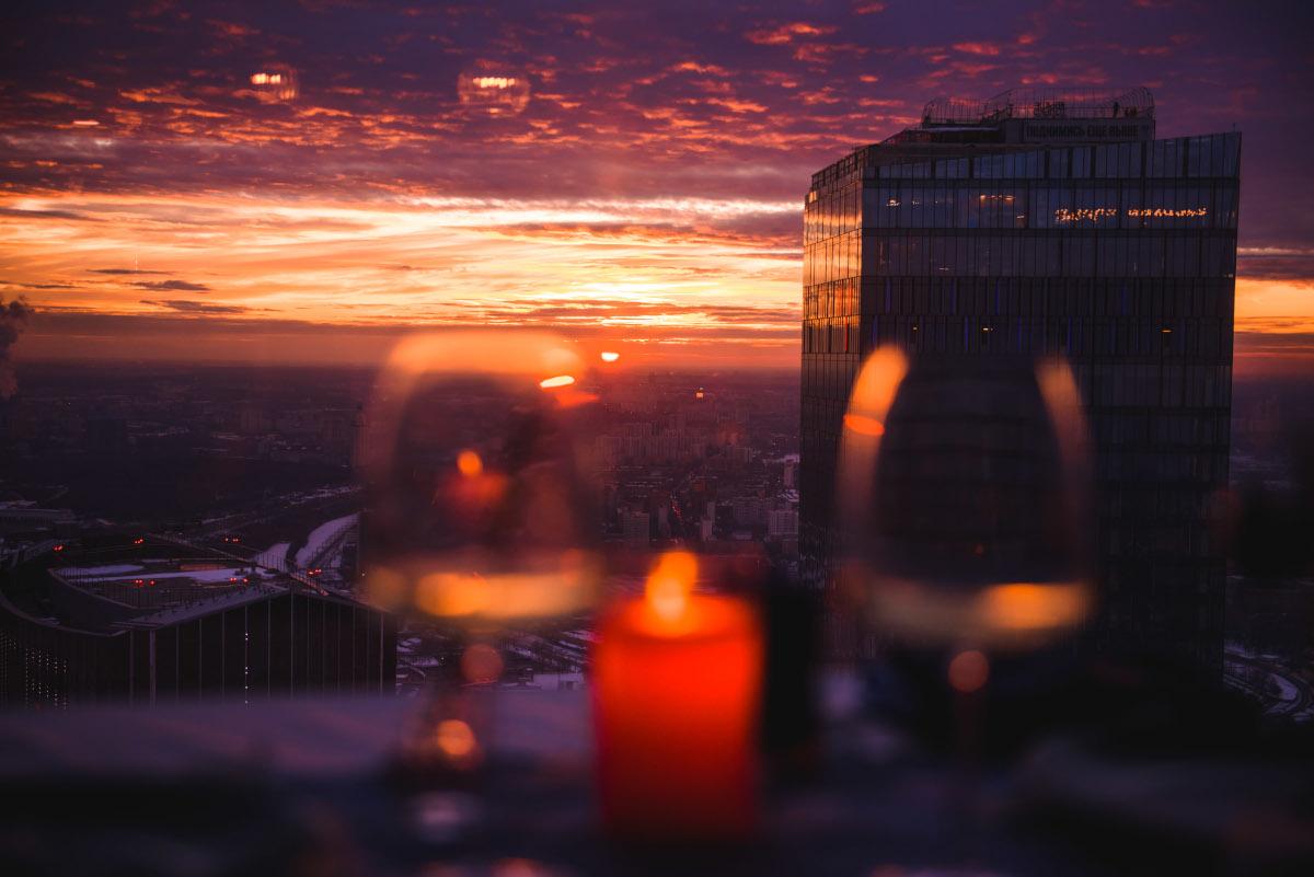 Закат с высоты птичьего полета в Москве