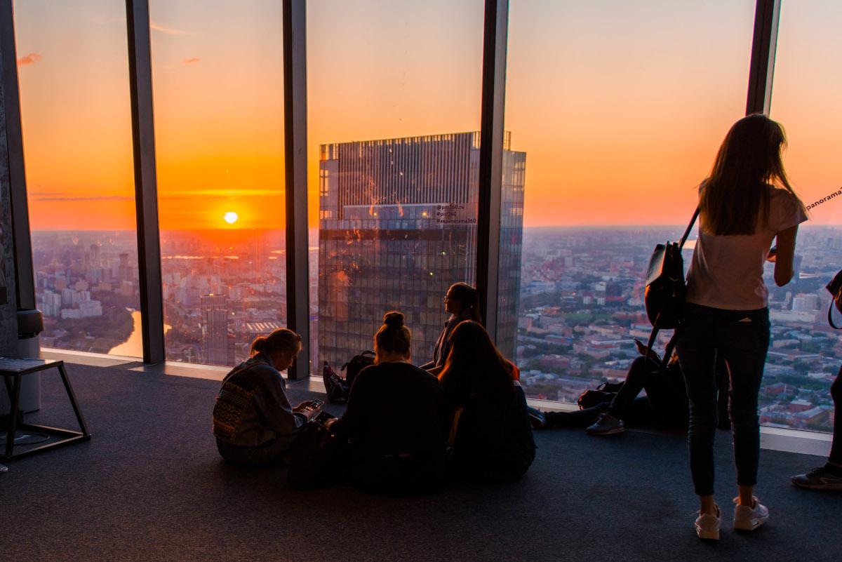 Посмотреть закат с 89 этажа Башни Федерация