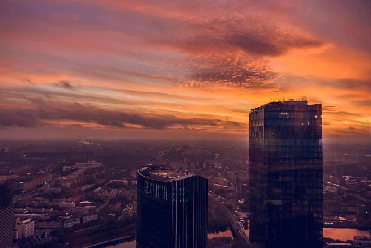 Лучше места для любования закатом в Москве