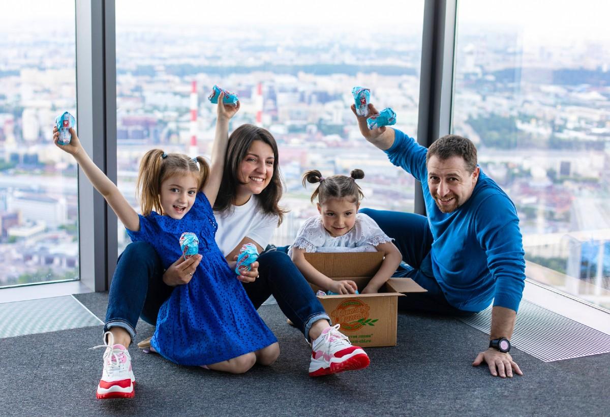 Коробка мороженого за 1 рубль для всей семьи!